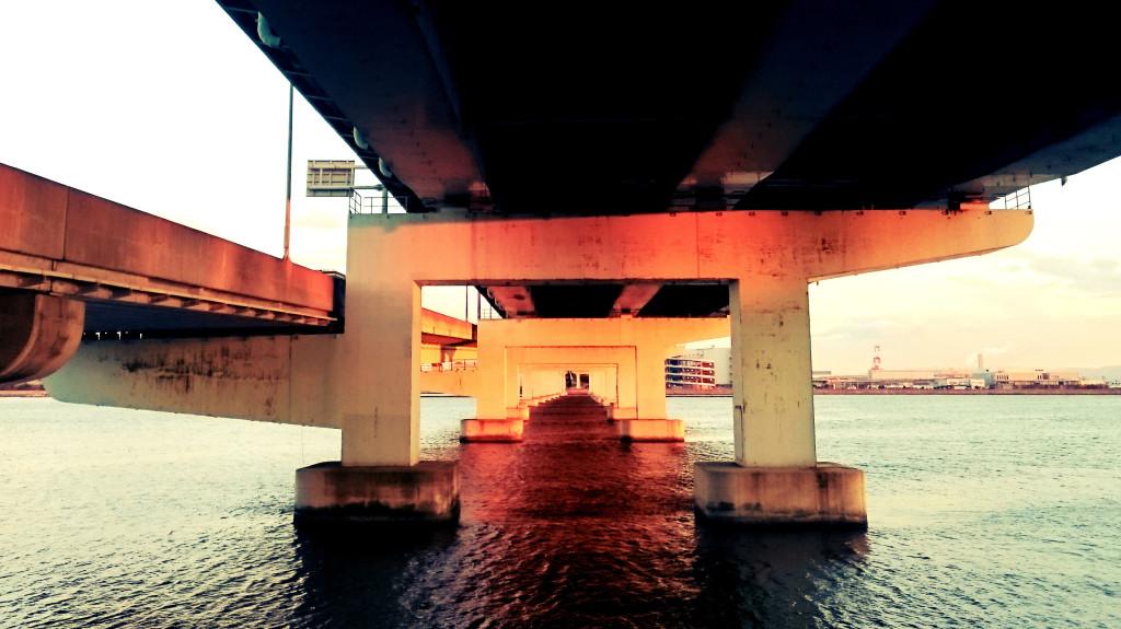阪神高速5号湾岸線の橋脚