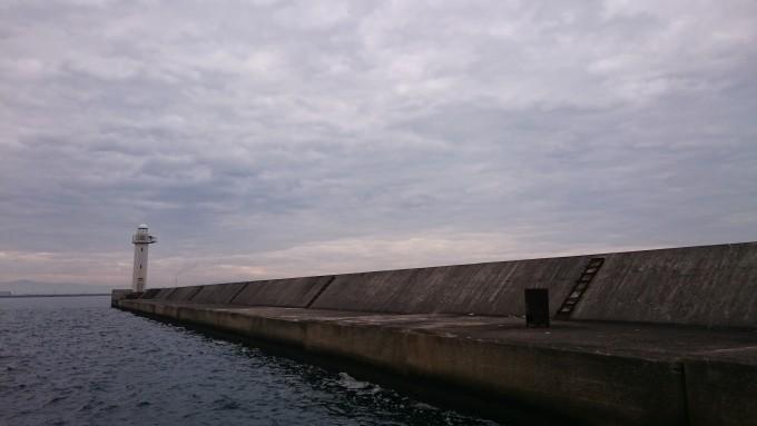 尼崎フェニックス運河筋スリット