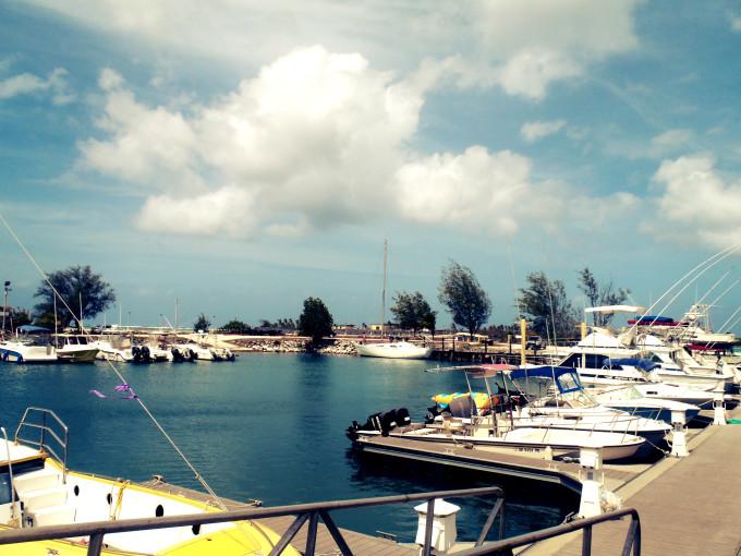 ハガニアボートベイスンhagatna boat basin