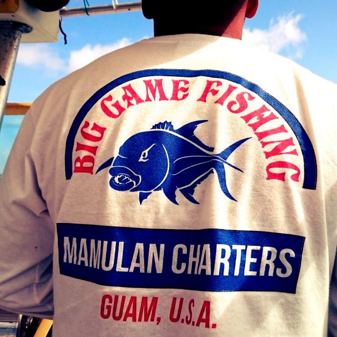 mamulan chartersのTシャツ