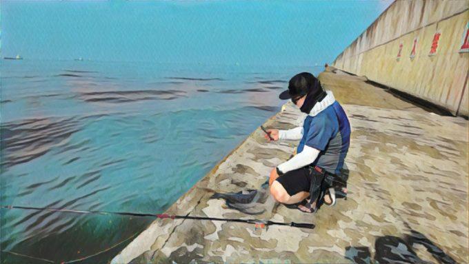 アマピー川筋で魚を撮影するUROKODOヨーヘイ氏♪