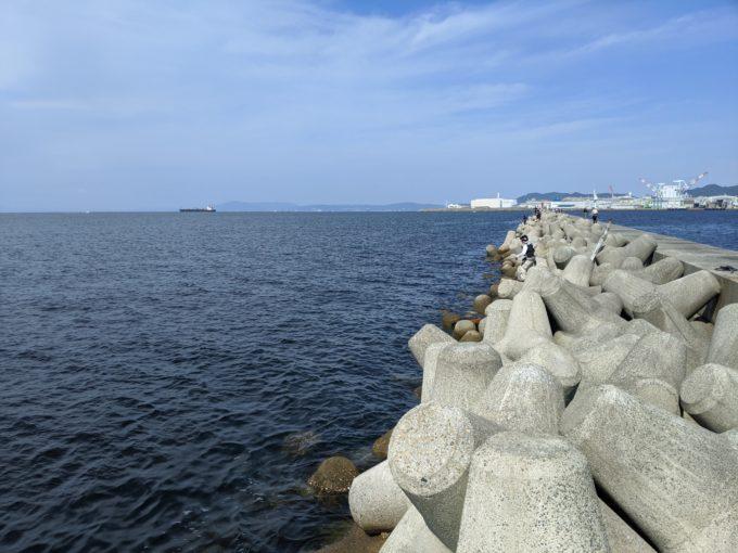 神戸和田防波堤 谷一渡船
