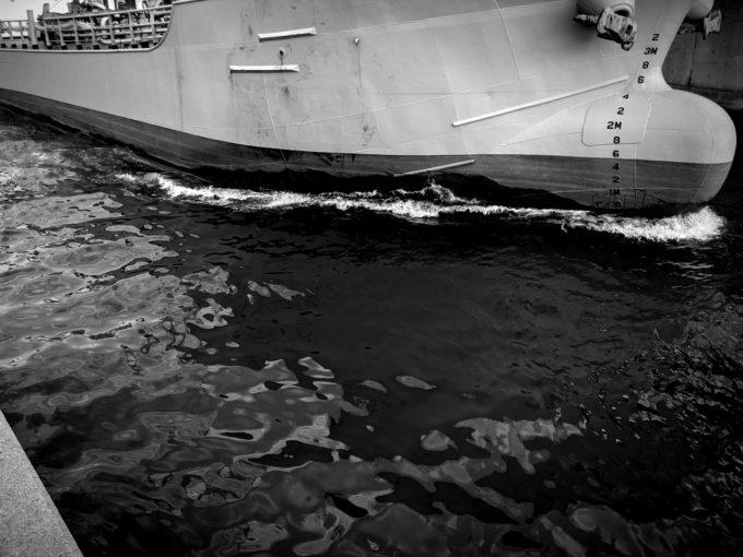 船の引き波パターン